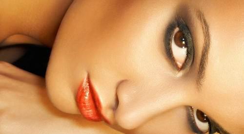 5 errores de belleza que cometen las mujeres y cinco consejos que debes seguir