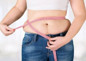 Como eliminar la grasa de las caderas y el abdomen