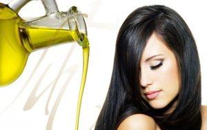 Tratamiento casero de aceite caliente para el cabello dañado