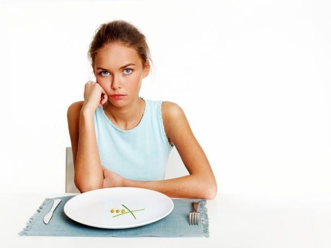 10 Cosas que debes dejar de hacer si es que quieres adelgazar