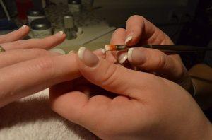 Decoración de uñas naturales