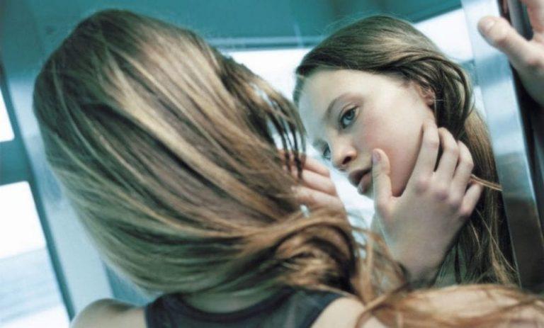 El tabaco eleva el riesgo de padecer acné